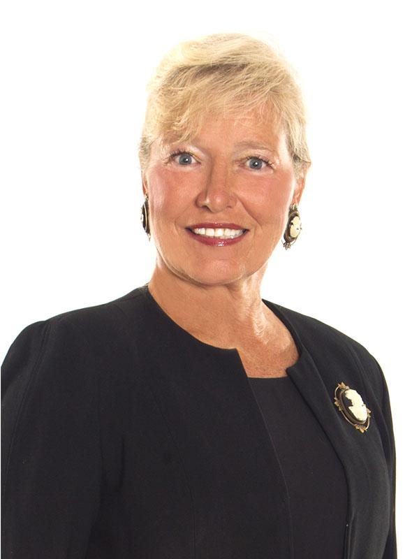 Portrait of Elizabeth Manganelli-State